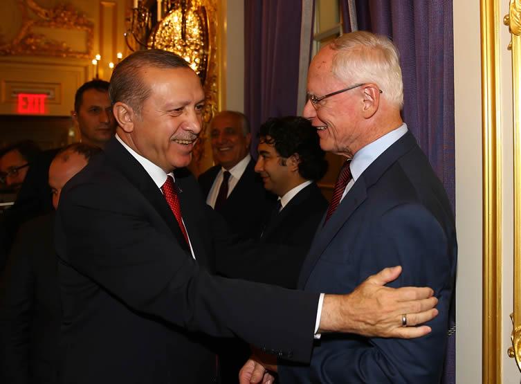 AKP İktidarının Siyonist MimarlarındanJAMES F. JEFFREY'İN ERDOĞAN HAYRANLIĞI!