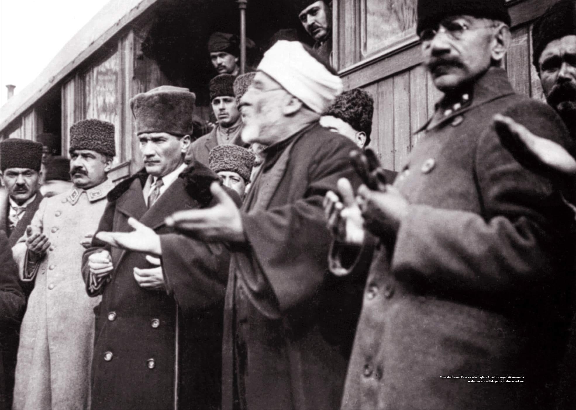 """Atatürk'ün """"Din Karşıtı!"""" Olduğunu Savunan: İSLAMCILARIN, ULUSALCILARIN VE SAĞCILARIN KAYPAK AYARLARI VE ORTAK AMAÇLARI"""